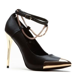 Chained Gold Black Pointed Heels